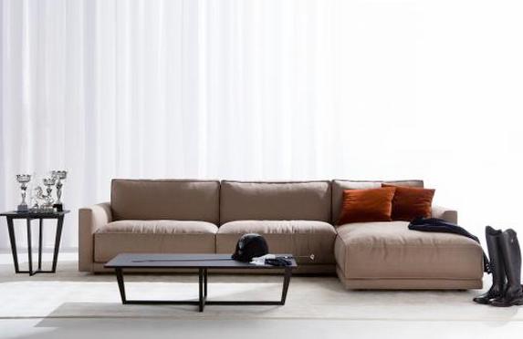Nace el sofá Ribot de Berto Salotti