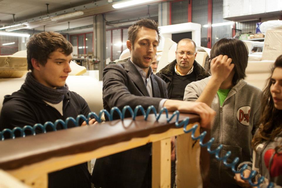https://blog.bertosalotti.es/wp-content/uploads/2013/03/Berto-Salotti-divanoXmanagua-5.jpg