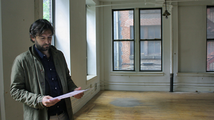 Diego Paccagnella im New Yorker Design-Apart Showrooom