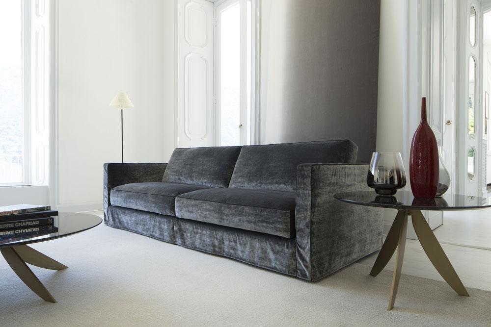 El sofá en terciopelo Danton puede ser incluso personalizado
