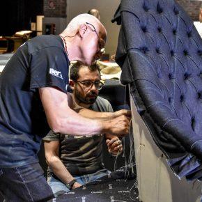 Flavio Cairoli e Angelo Bongio sulla poltrona vanessa4newcraft