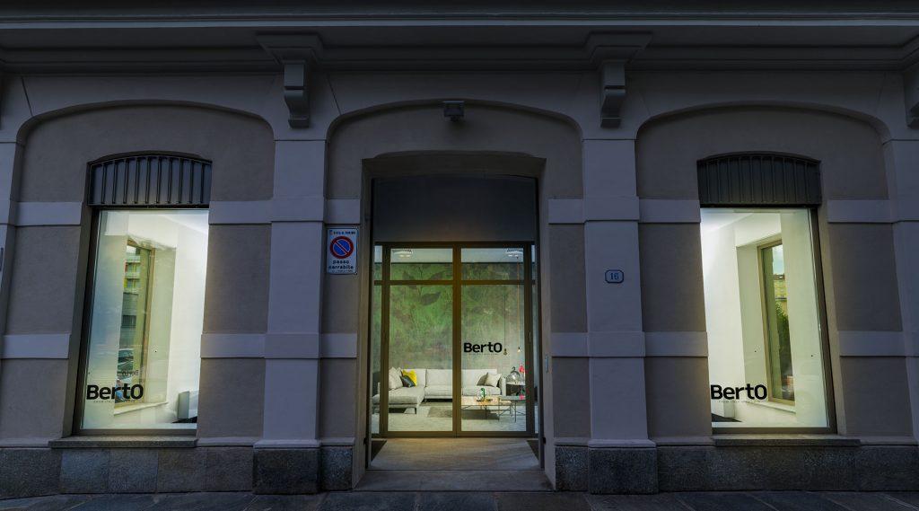 Turin - La escaparate de Showroom BertO