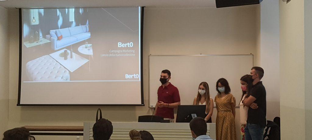 Hackathon BertO: el taller organizado por el profesor Covassi para sus estudiantes del Master in Strategic Digital Marketing